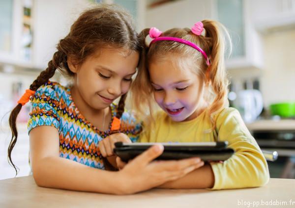 Comment gérer le temps d'écran des enfants avec Badabim ?